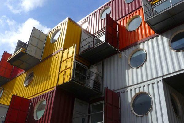 Construire durablement : des containers pour créer des hôtels